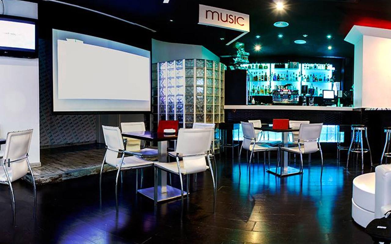 L´arrivée Tapas & Lounge Café